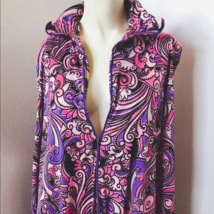 Vintage 💜 Beautiful Gown with Bright Flower Print